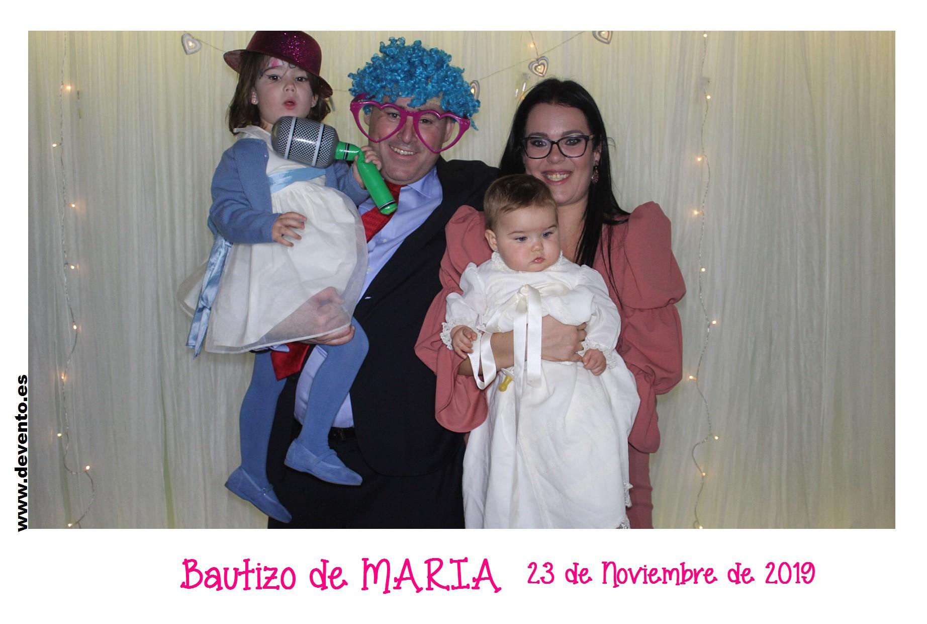 Bautizo de María